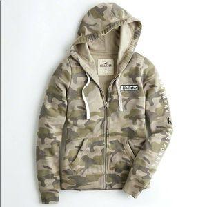 Hollister camo zip up hoodie